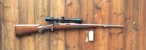 Winchester Model 70 .22-250Rem Scoped Rifle