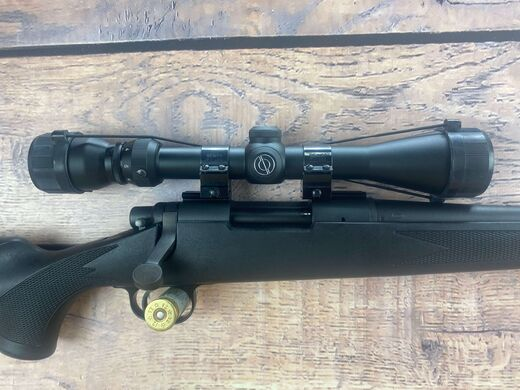 Remington 700 22 250Rem Scoped Rifle
